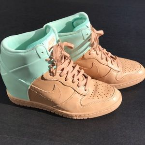 Nike Women's Dunk Sky HI VT QS Wedge sz 7 1/2